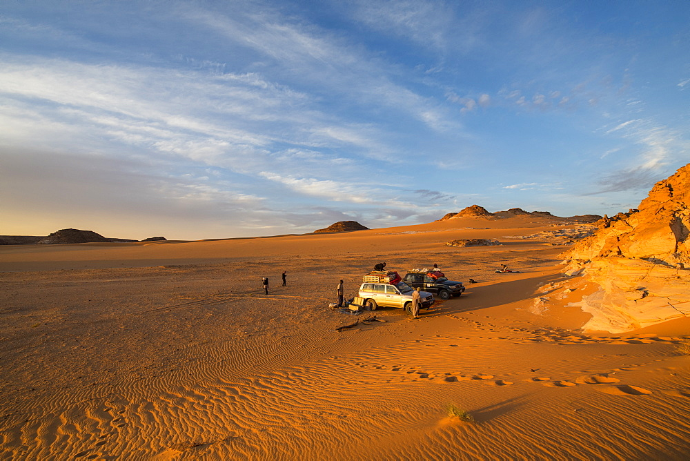 Expedition jeep in Northern Chad, Africa - 1184-3087