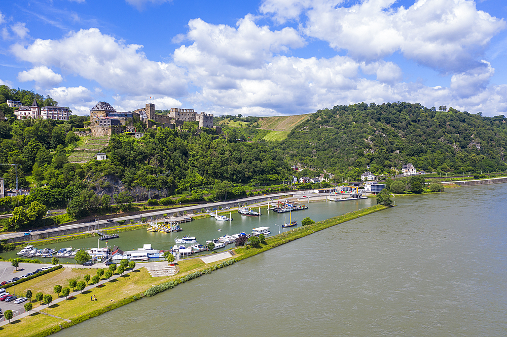 Castle Rheinfels overlooking the Rhine, UNESCO World Heritage Site, Middle Rhine valley, Rhineland-Palatinate, Germany, Europe