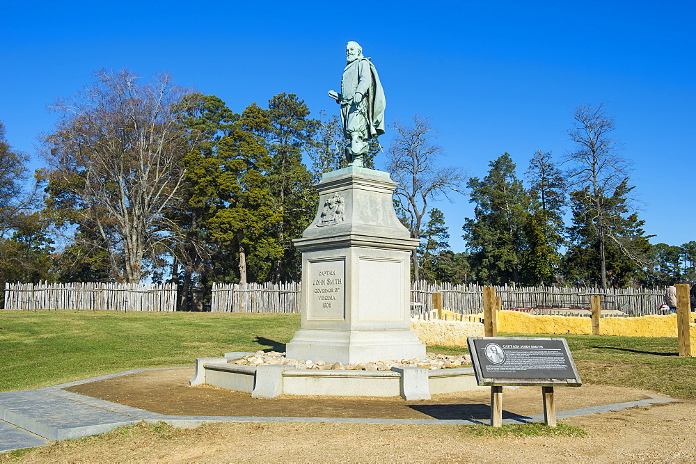 Monument of John Smith first governor in the english settlement Jamestown, Virginia, United States of America, North America