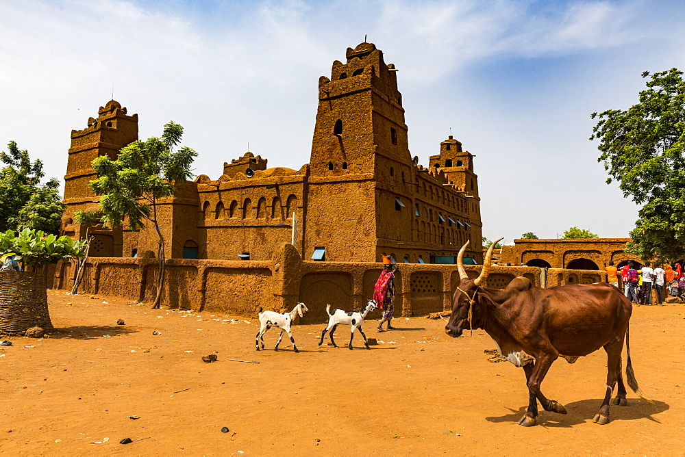 Beautiful Hausa style architecture Mosque in Yaama, Niger, West Africa, Africa