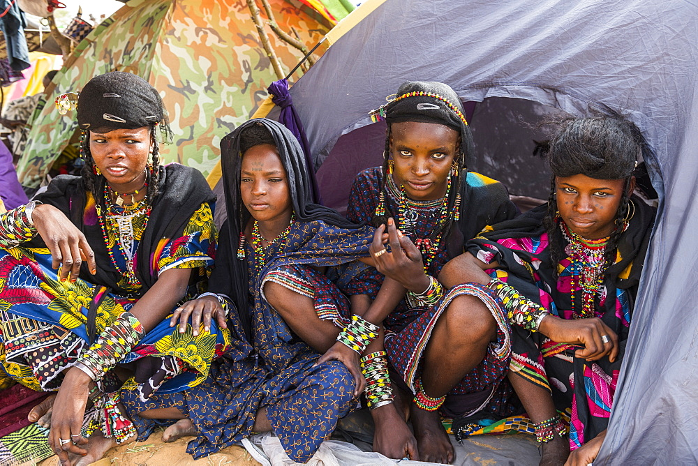 Young girls at the Gerewol festival, courtship ritual competition among the Wodaabe Fula people, Niger, West Africa, Africa