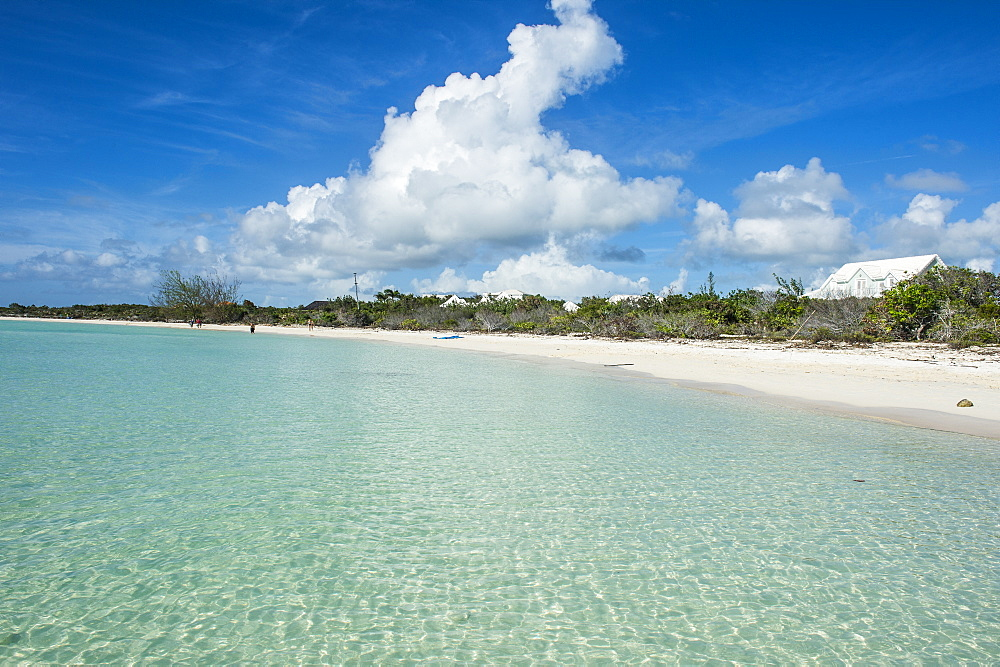 White sand and turquoise water at Taylor beach, Providenciales, Turks and Caicos, Caribbean, Central America
