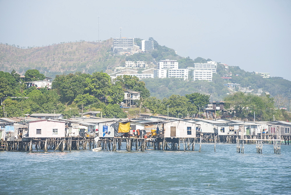 Poreporena stilt village, Port Moresby, Papua New Guinea, Pacific