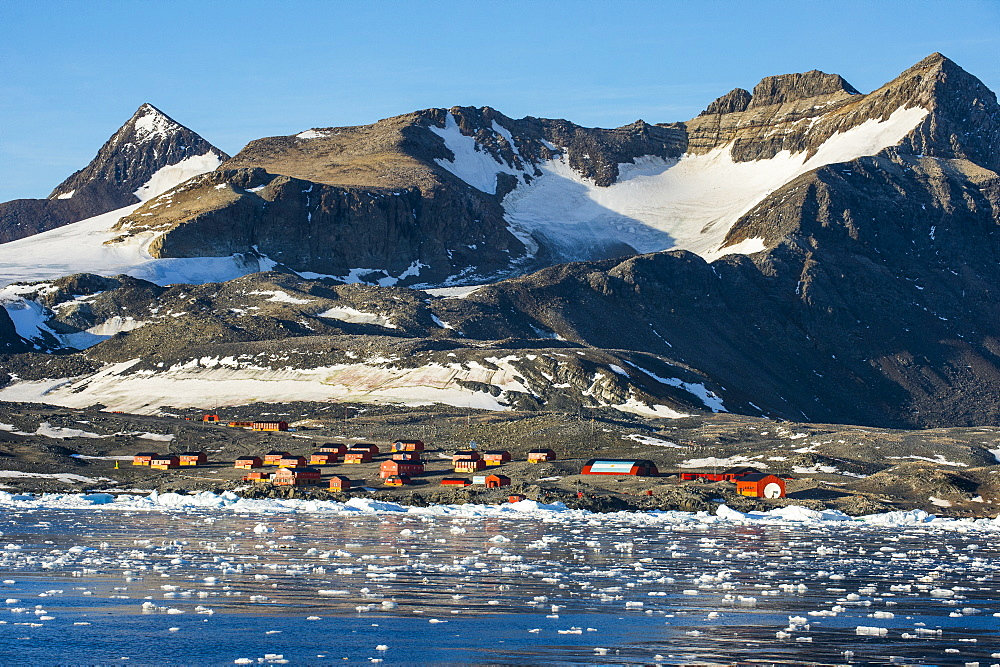Argentinian Antarctic settlement, Esperanza Base, Hope Bay, Antarctica, Polar Regions