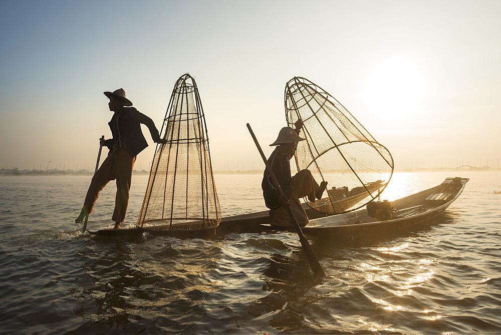 Fishermen, Inle Lake, Shan State, Myanmar (Burma), Asia