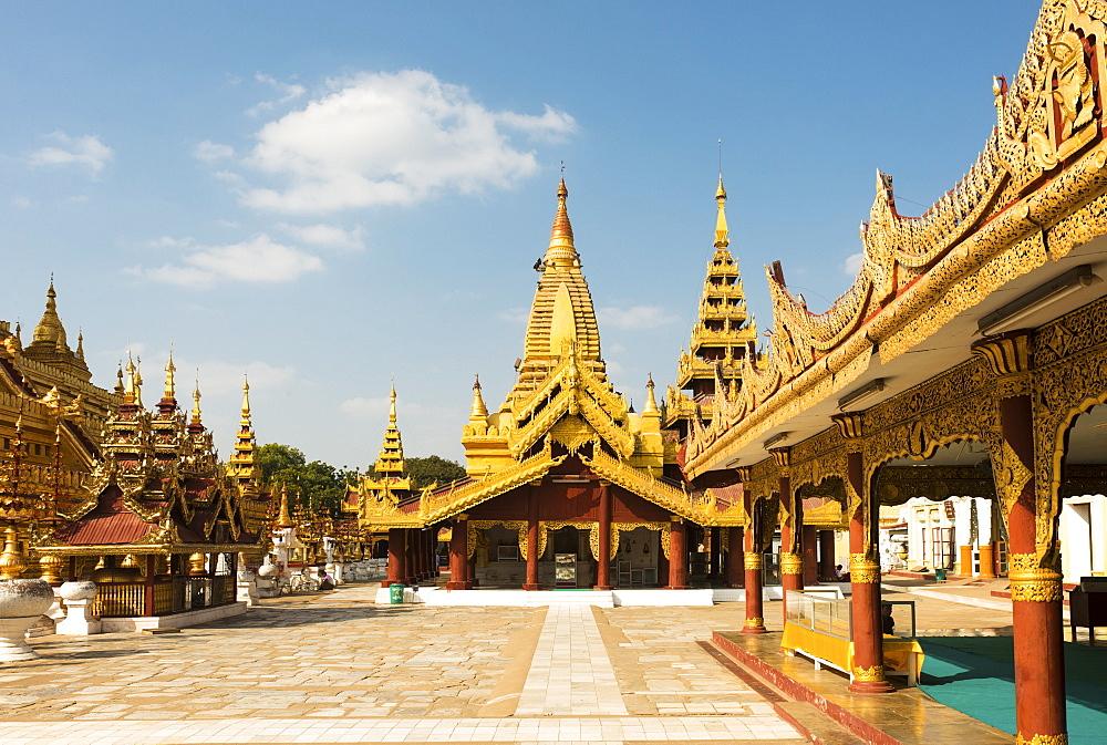 Shwezigon Pagoda, Bagan (Pagan), Myanmar (Burma), Asia