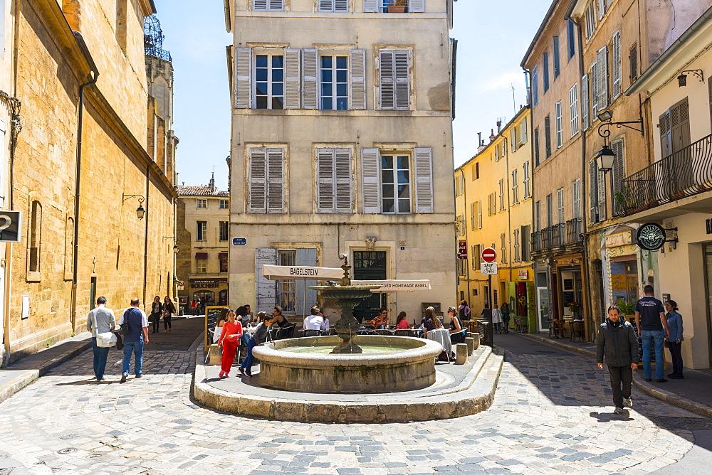 Fountain, Aix en Provence, Bouches du Rhone, Provence, Provence-Alpes-Cote d'Azur, France, Europe