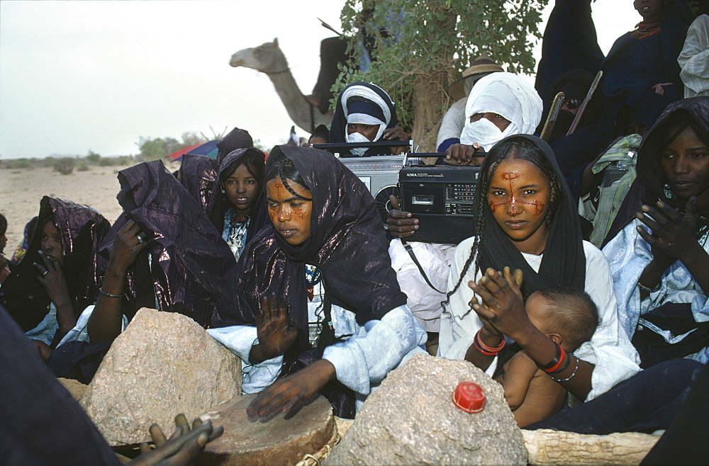 Tuareg wedding ceremony, niger (west africa). This nomadic tribe still make a living as traders
