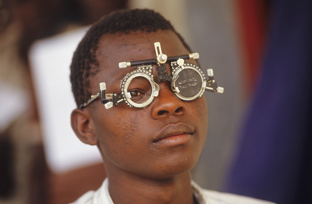 Onchocerciasis, cameroon. Vina valley, vicinity touboro town. Patients with onchocerciasis (river blindness) having their eyes tested