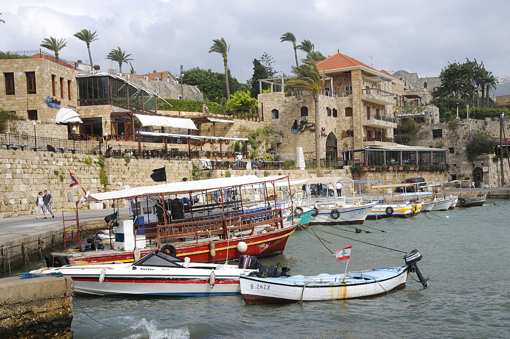 Boats in the harbour of the old city of Byblos, UNESCO World Heritage Site, Lebanon, Middle East