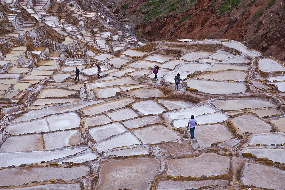 Maras Saltpan Salinas in the Sacred Valley of the Incas, near Cusco, Peru, South America - 1188-879