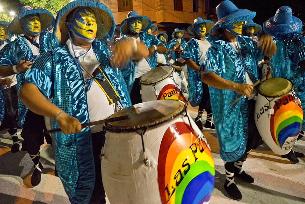 Traditional Murgas and samba schools performing on the streets during Carnival in Montevideo, Uruguay, South America - 1188-892