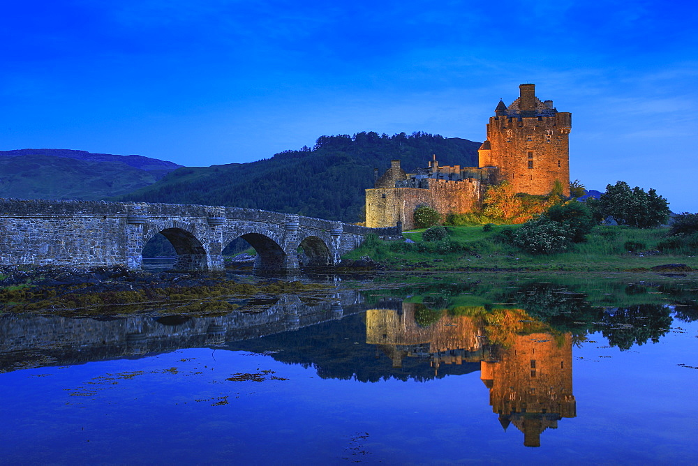 Eilean Donan Castle, Highlands, Scotland, United Kingdom, Europe - 1189-63