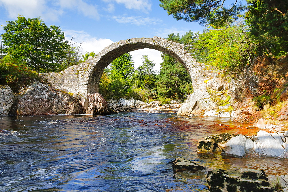 Carrbridge, oldest stone bridge in the Highlands, Scotland