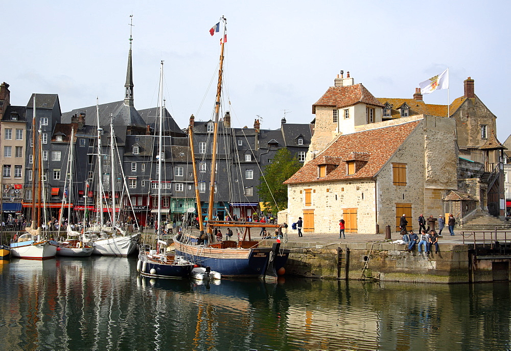 Vieux Bassin with yachts and the Lieutenancy building, Honfleur, Normandy, France, Europe - 1191-50