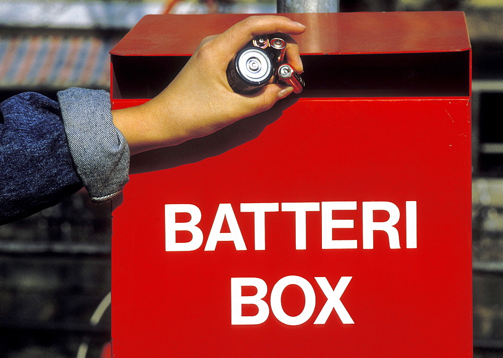 Collecting old batteries for recycling, sweden - 1192-165