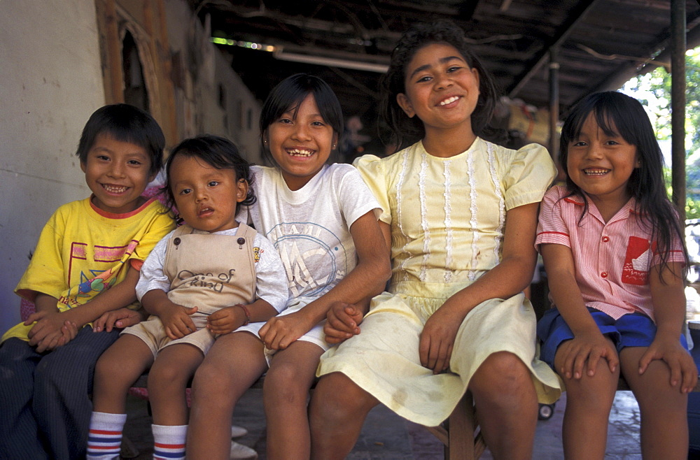El salvador children of san salvador.