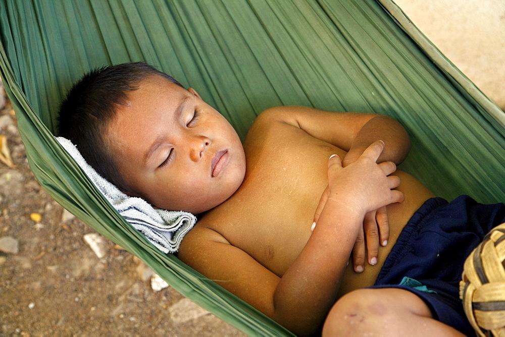 Asleeep in hammcok