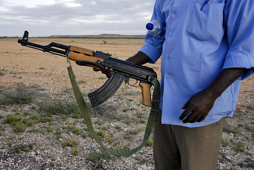 The price of a brand new kalachnitkov ak47 in somalia in the 300 $, there is 2 millions inhabitants in modagishiu for 1 million ak47