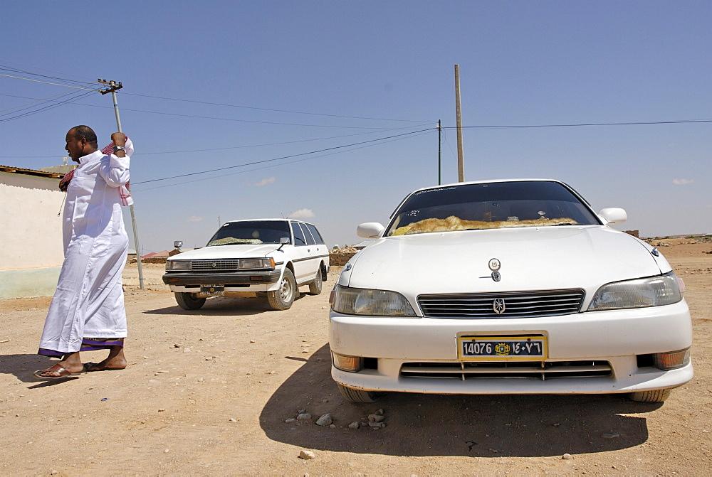 Street scene in galcaio, puntland, somalia