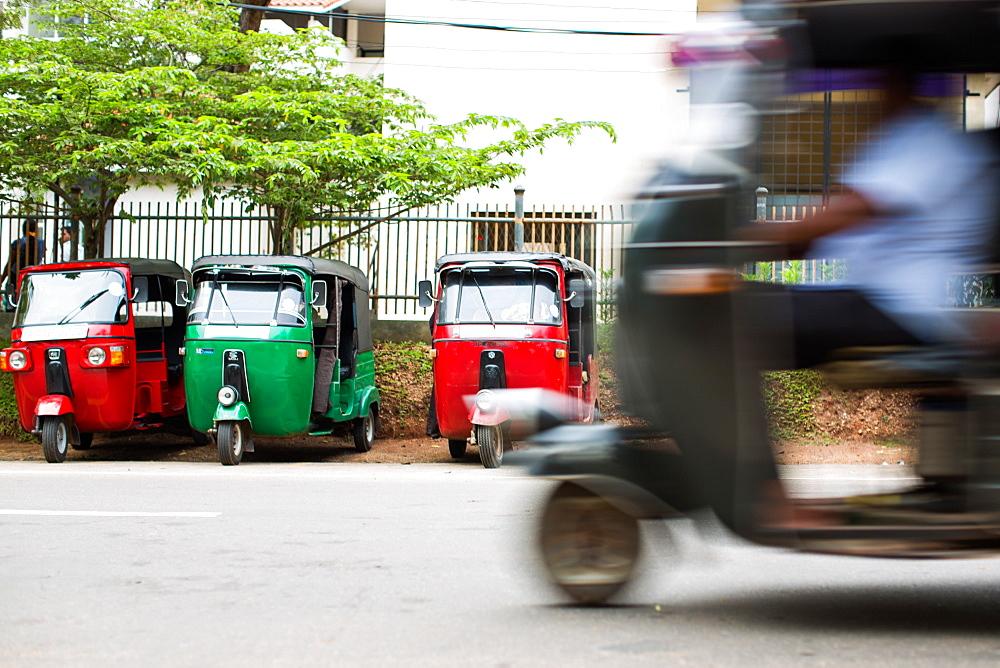 Tuk tuk, Sri Lanka, Asia