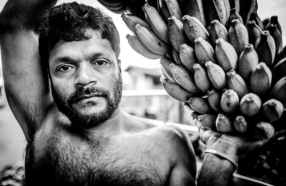 Banana salesman, Dambulla Market, Dambulla, Sri Lanka, Asia