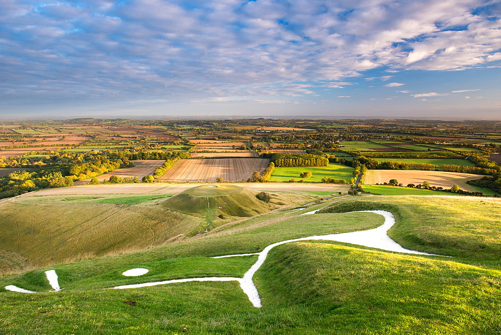 Sunrise at the White Horse, Uffington, Oxfordshire, England, United Kingdom, Europe
