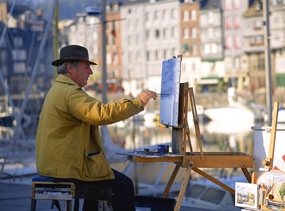 Artist by Old Harbour, Honfleur, Basse Normandie, France, Europe - 120-3267