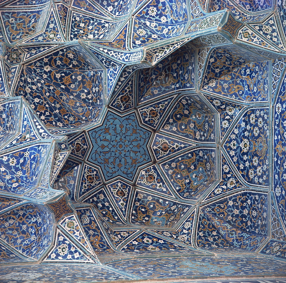 Detail of Masjid-e-Imam Mosque, formerly the Shah Mosque, Isfahan, Iran, Middle East - 120-364