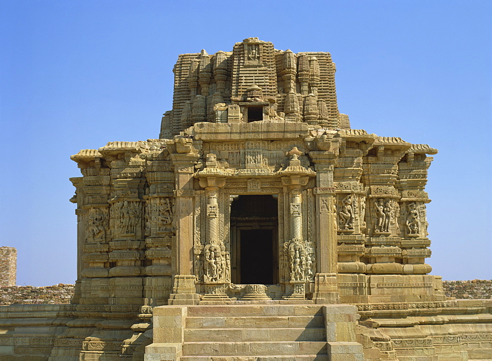 Adbhutanatha Temple, dedicated to Shiva and dating from the 15th century, Chittorgarh Fort, Rajasthan state, India, Asia - 120-4040