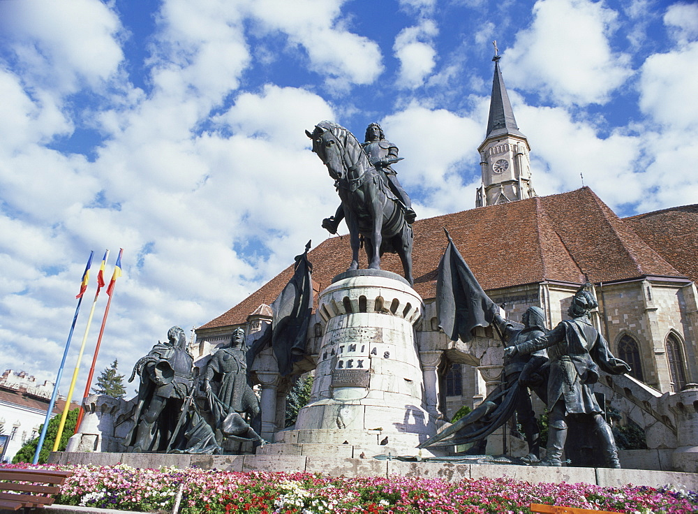Equestrian statue of Matyas Corvinus, Hungarian king between 1458 and 1490, trampling the banner of the Turks, Piata Uniri, Cluj, North West Transylvania, Romania, Europe - 120-4761
