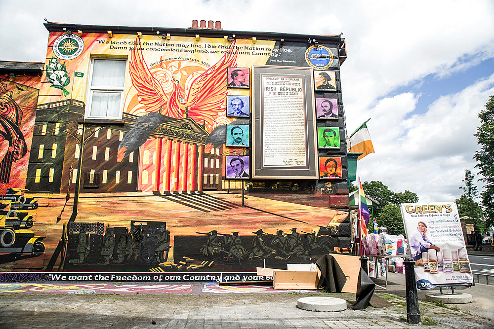 Nationalist Mural, Belfast - 1209-170