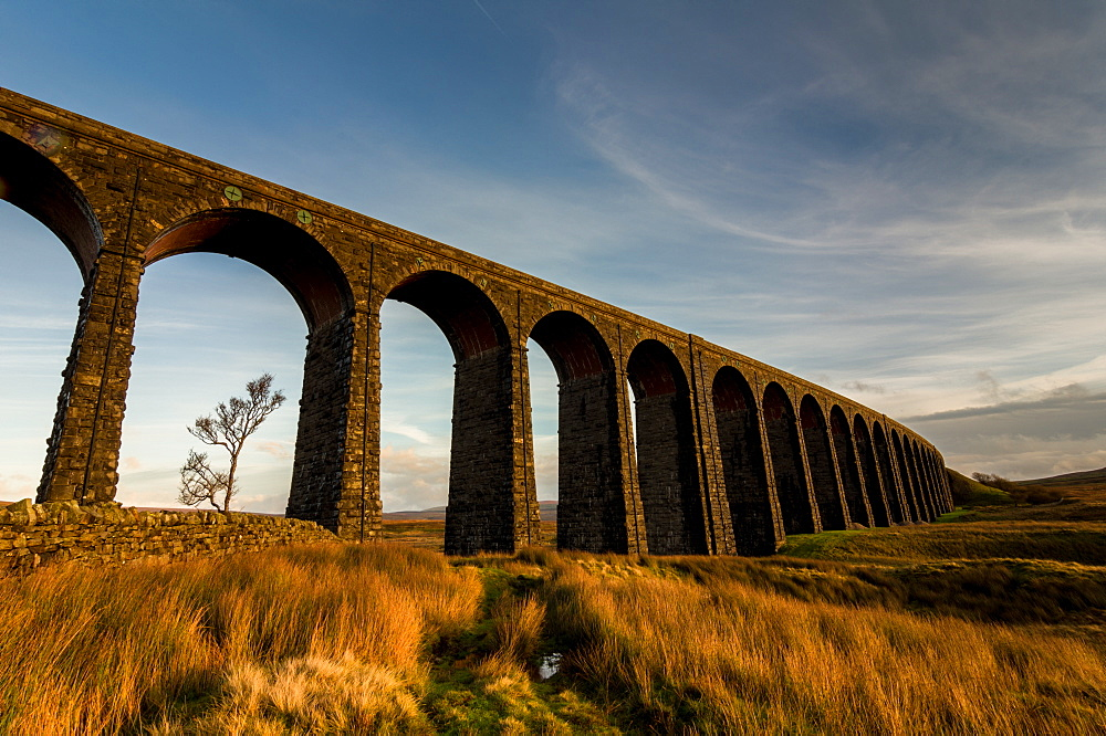 Ribblehead Viaduct, sunset, Yorkshire Dales National Park, Yorkshire, England, United Kingdom, Europe - 1209-42