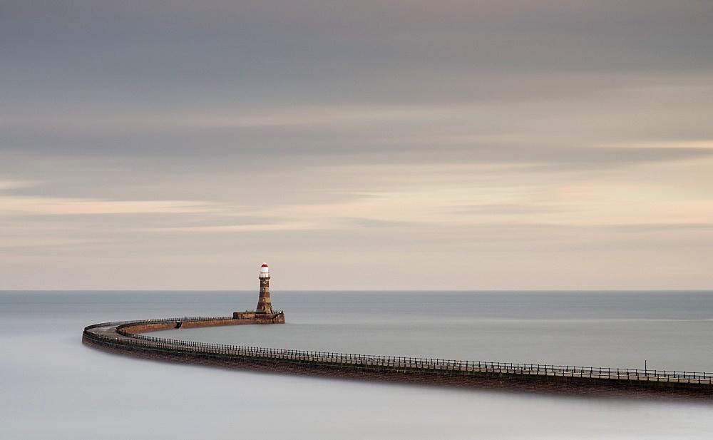 Roker Pier, Roker, Sunderland, England, United Kingdom, Europe - 1209-5