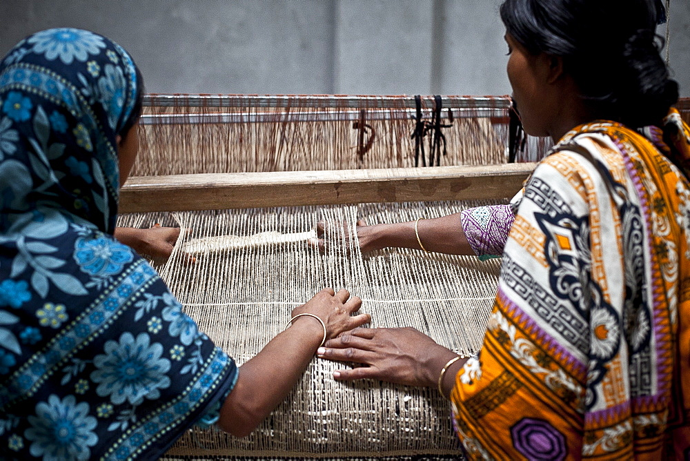 Innovative rug factories have brought small-scale factories to rural Bangladesh, Asia - 1211-73