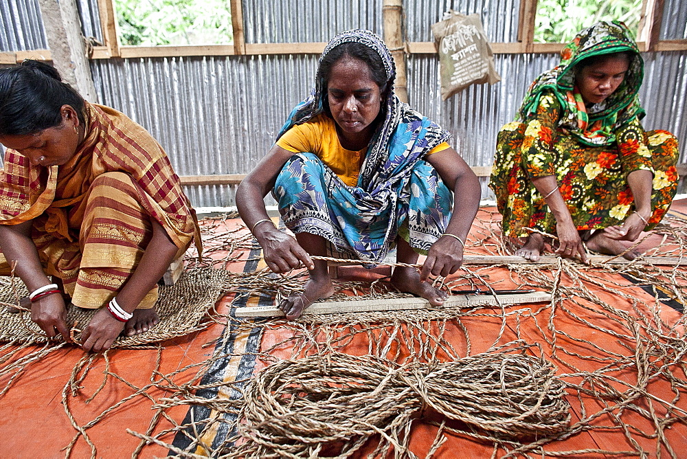 Innovative rug factories have brought small-scale factories to rural Bangladesh, Asia - 1211-76