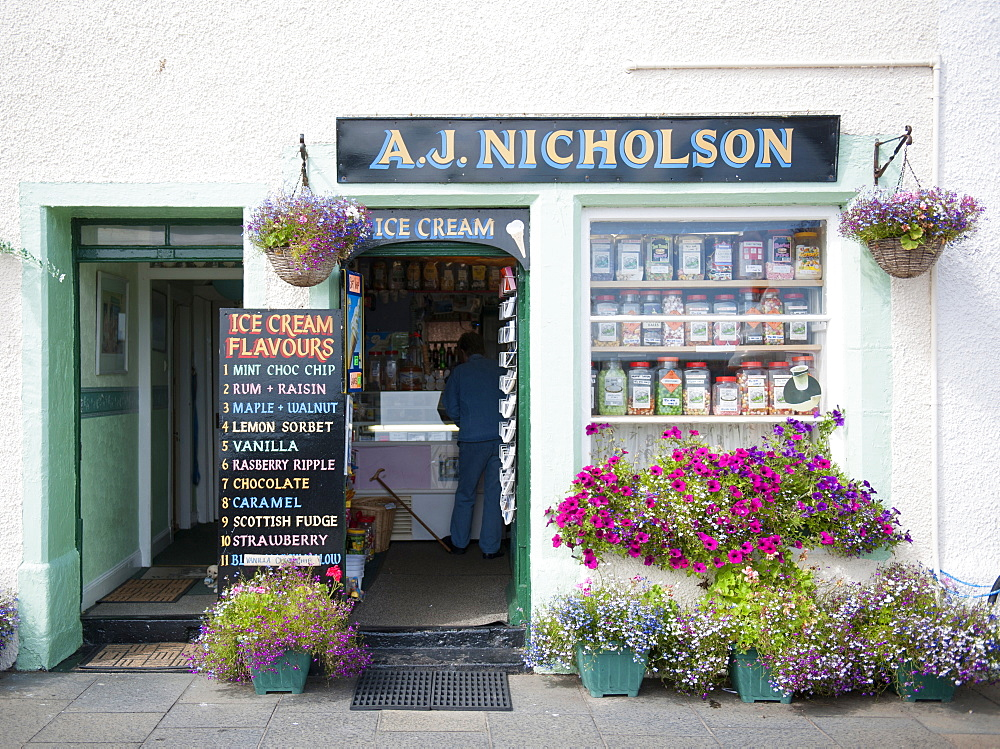 Traditional ice cream shop, Pittenweem, Fife, Scotland, United Kingdom, Europe