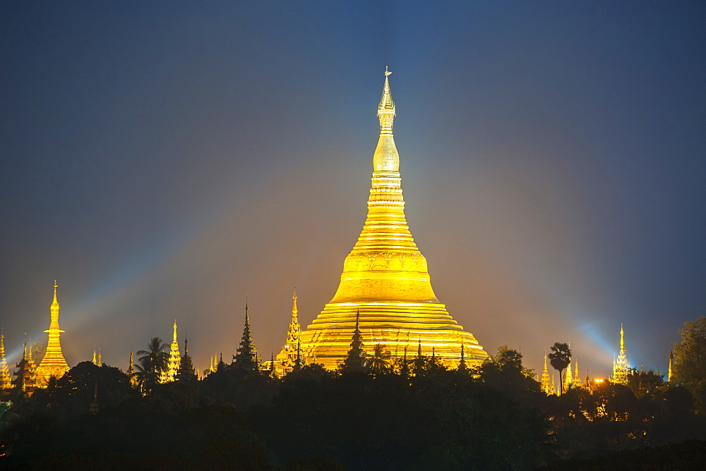 Shwedagon Pagoda, the most sacred Buddhist pagoda in Myanmar, Yangon (Rangoon), Myanmar (Burma), Asia