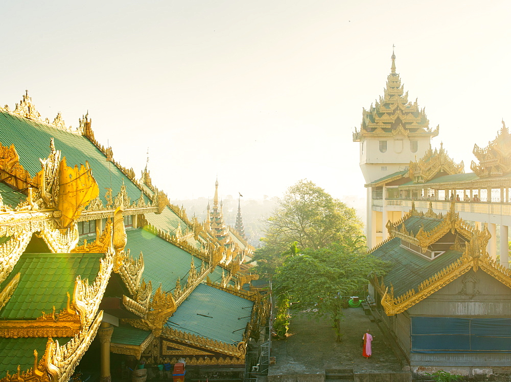 Shwedagon Pagoda, the most sacred Buddhist pagoda in Myanmar, Yangon (Rangoon), Myanmar (Burma), Asia - 1212-436