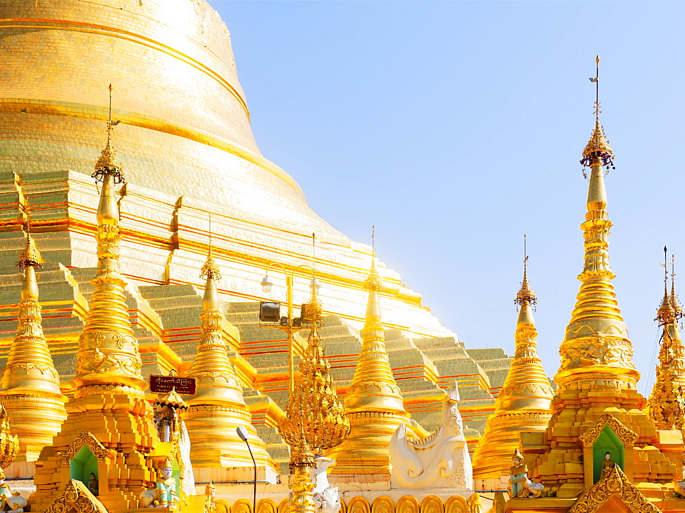 Shwedagon Pagoda, the most sacred Buddhist pagoda in Myanmar, Yangon (Rangoon), Myanmar (Burma), Asia - 1212-438