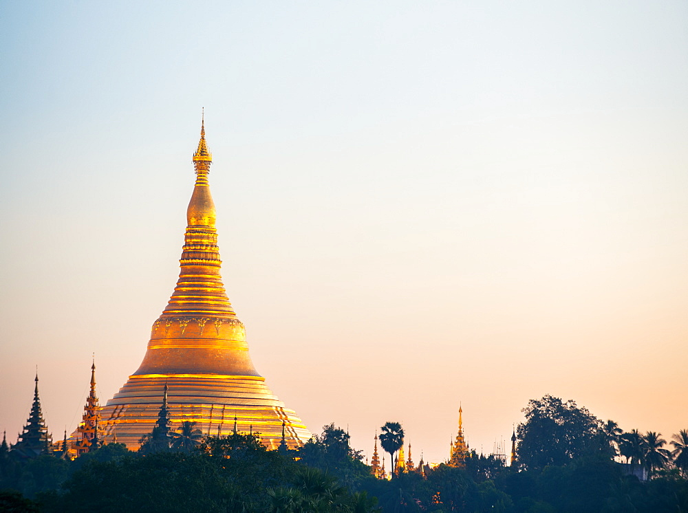 Shwedagon Pagoda, the most sacred Buddhist pagoda in Myanmar, Yangon (Rangoon), Myanmar (Burma), Asia - 1212-441
