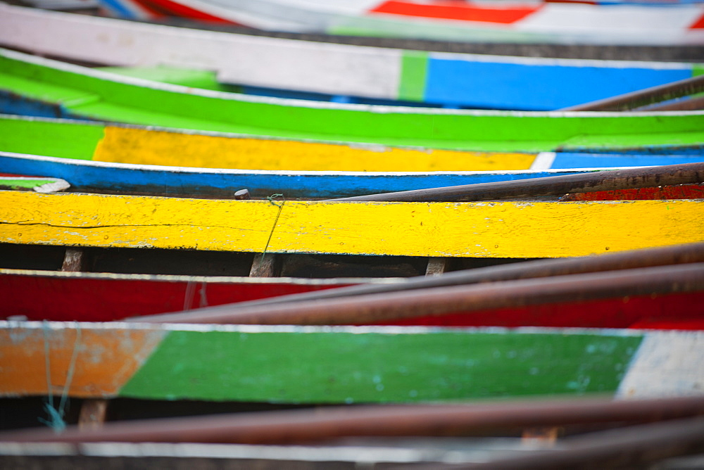 Brightly coloured boats at the U Bein Bridge, Taungthaman Lake, Amarapura near Mandalay, Myanmar (Burma), Asia - 1212-457