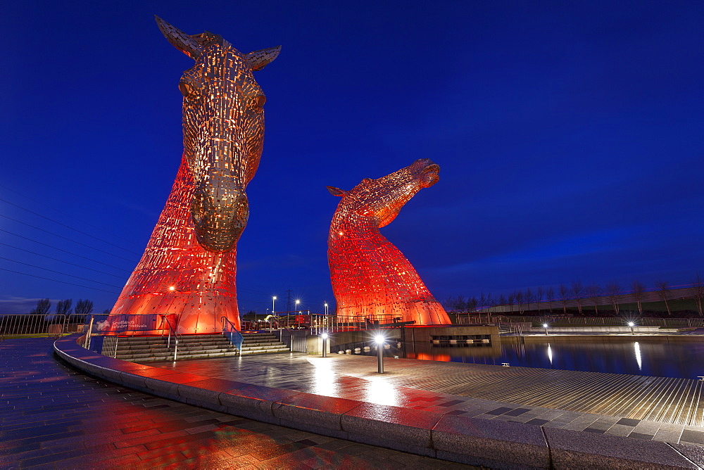 The Kelpies at the entrance to the Forth and Clyde Canal at Helix Park, Falkirk, Stirlingshire, Scotland, United Kingdom, Europe - 1213-133