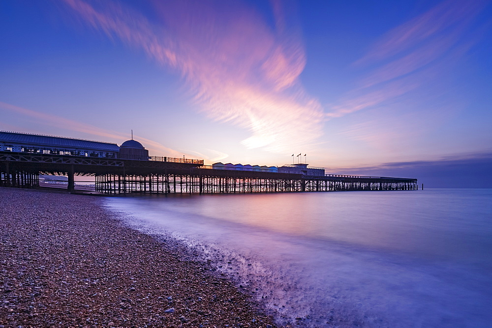 The pier at Hastings at dawn, Hastings, East Sussex, England, United Kingdom, Europe
