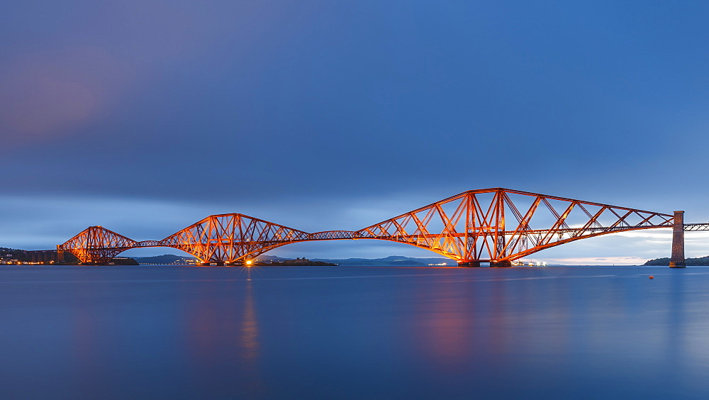 The Forth Rail Bridge on the Firth of Forth at dawn, South Queensferry, Edinburgh, Lothian, Scotland, United Kingdom, Europe