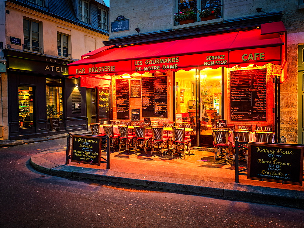 Parisian cafe, Paris, France, Europe - 1215-10
