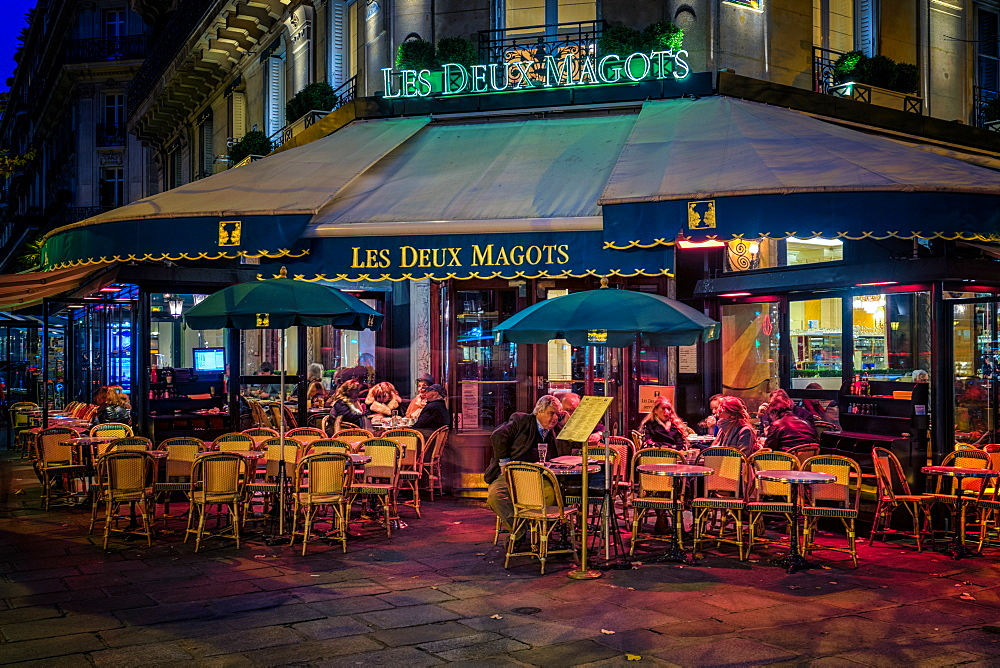 Parisian cafe, Paris, France, Europe - 1215-13