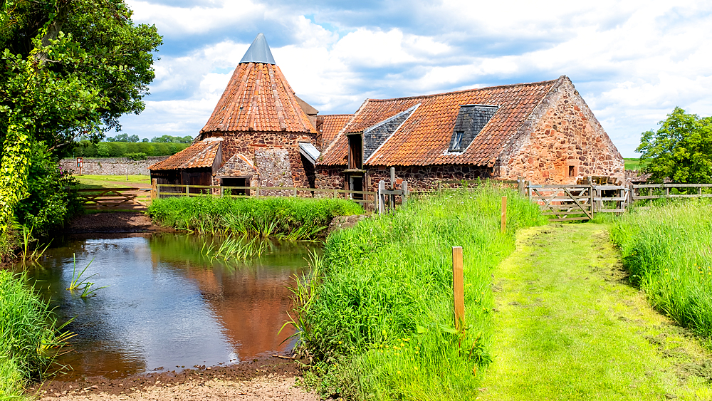 Preston Mill and Phantassie Doocot, as featured in Outlander TV series, East Lothian, Scotland, United Kingdom, Europe - 1216-499
