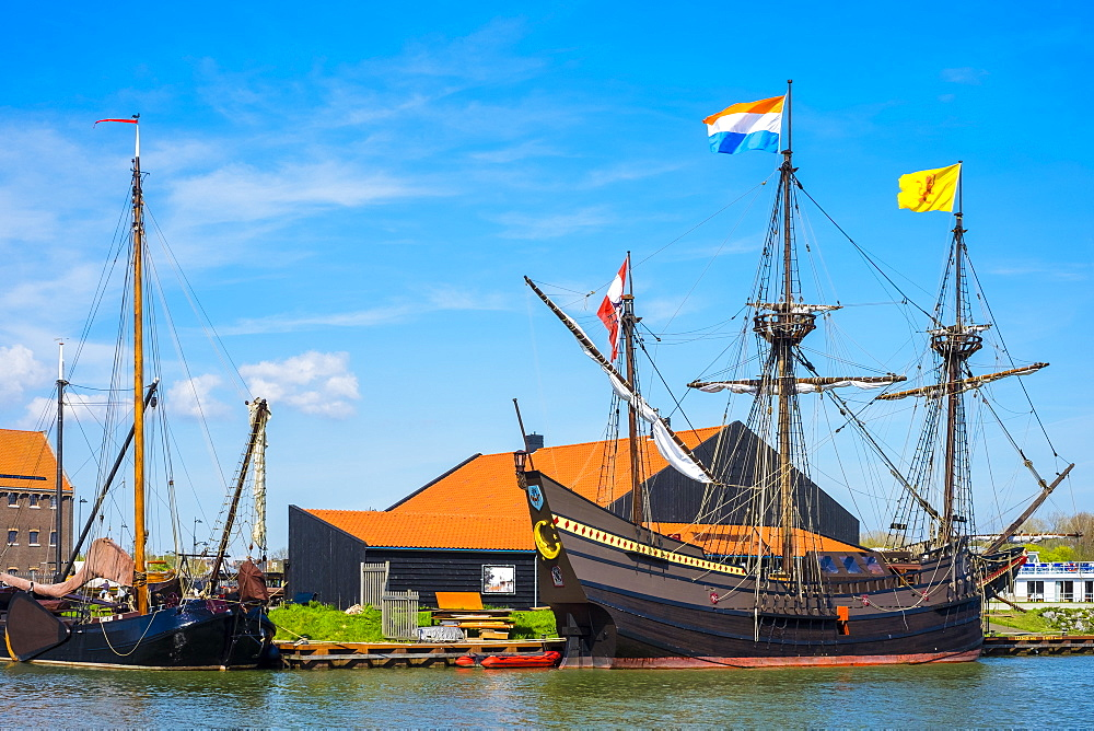 Historic Dutch sailing ship in the Museumhaven, Centrum Varend Erfgoed Hoorn, Hoorn, North Holland, Netherlands, Europe