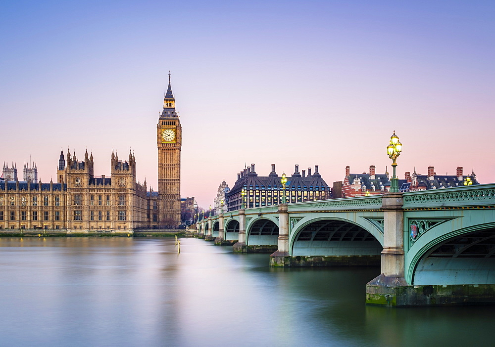 United Kingdom, England, London. Westminster Bridge, Palace of Westminster and the clock tower of Big Ben (Elizabeth Tower), at